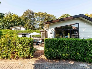Comfortable, detached holiday home for four persons at the beach of Noordwijk.