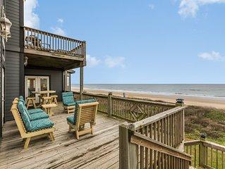 Oceanfront home w/deck,gazebo & private balcony, dogs ok-on the beach!