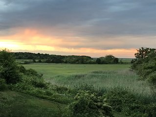 Cape Cod Bay & Quivett Creek Views-Great Sunsets!