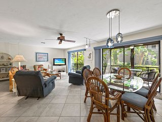 Family style beach condo near famous Bowman's Beach F102