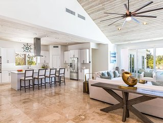 Luxury Villa on the Waterfront - Grace Bay environs -SPECIALS!