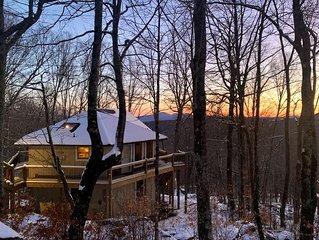 1300 ft to Ski Beech! New decks and interior updates. Great views Last min deals