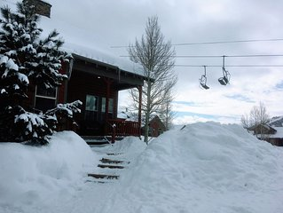 Ski-in/Ski-out Luxury Cabin at Granby Ranch *newly remodeled kitchen!*