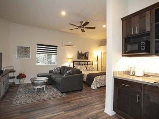 Private Apartment on 5 quiet acres