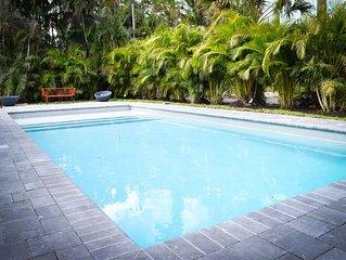 Newly Renovated Pool House in Vanderbilt Beach