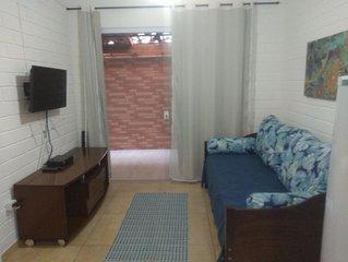 Chalé 13 -Condomínio Resid. a menos 50 metros da praia e ao lado do Shopping