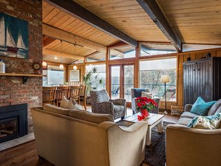 Cozy luxury Gibsons home with breathtaking ocean & incredible mountain views!