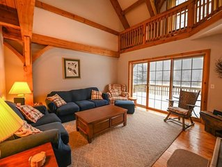Mt. Snow Condo-close to Skiing and Golf, Wifi, All the comforts of home