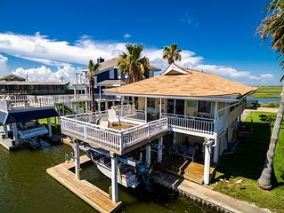 SUNSWEPT BAY Relaxing canal home in Jamaica Beach