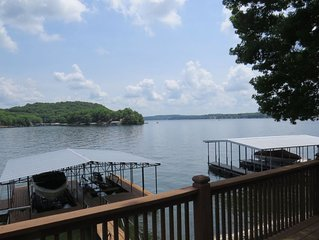 Three Bedroom Lakefront House with Dock