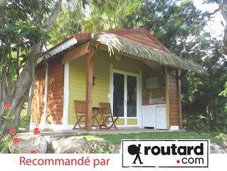 Venez séjourner dans une case créole typique en bois à 300m de la plage