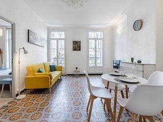 Joli appartement 42 m², 1 chambre, sur le marché à 9mn des plages en bus