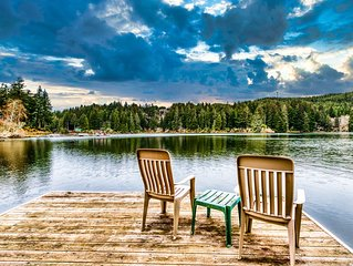 Beautiful dog-friendly home on the lake! Enjoy great views & a private dock!