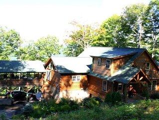 Hey Jude Mountain Top Log Cabin Hideaway Near Asheville / Biltmore House