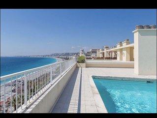 SUPERBE studio sur la promenade des anglais, terrasse avec vue mer, piscines