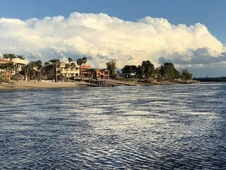 ** New Vacation Home Steps to River with Great Beach! **