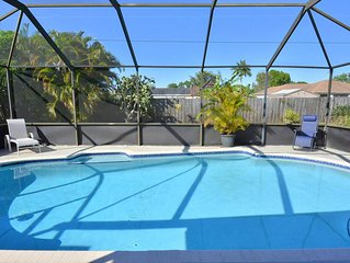 Beautiful Private Screened Pool/Patio Home, Recently Renovated and CLEAN!