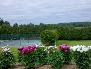 Millbrook Country Dream! Tennis/Swim/Play