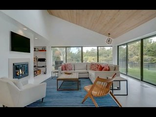 Amazing South of the Highway 3BR Hamptons Retreat