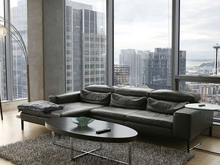 Experience high-rise living in this 1BD, self-checkin