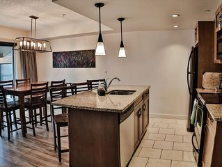 PremiumStayz at Copperstone Sunfilled 2 Story with Awesome Views