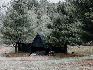 Cozy A-Frame with hot tub