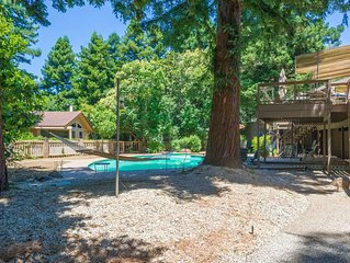 LARGE 5200SQFT UNIQUE HOME! HUGE POOL!! 30 days or more ONLY!