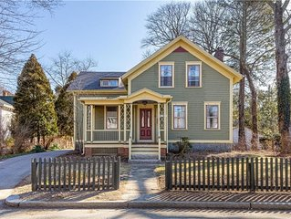 Historic 5BR Colonial - Peace & Tranquility Near Beaches, URI, and Newport!