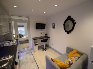 Pleasant Apartment in Coventry near Belgrade Theatre