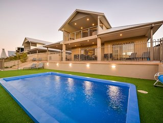 Luxuriously Appointed Family Home - With POOL AND JETTY