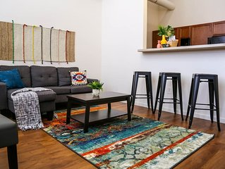 Vibrant 2BR Loft * Minutes to Mass Ave + Dining