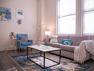 UNBEATABLE LOCATION! 2BR APT IN HEART OF THE CITY