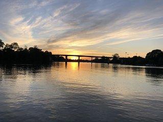 Waters Edge River View Sleeps 6