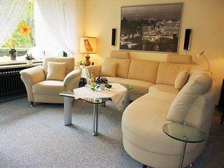 #Luxusferienwohnung mit eigener Sauna,  Boxspringbett, Dusche, Wanne, Netflix-TV