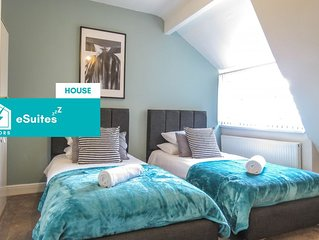 Tudors eSuites Spacious 5 Bedroom House with 2 Bathrooms