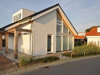 Ferienhaus Zonnedorp 28, 'Het witte Strandhuis'