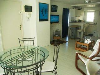 Appartement en bord de mer, beau balcon, sentiers et commerces a proximite