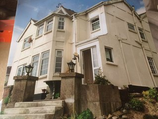 Panoramic Sea Views / Two Storey Detached Residence Private Garden & Parking