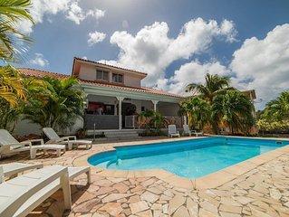Grande villa  proche de la plage avec grande piscine privée