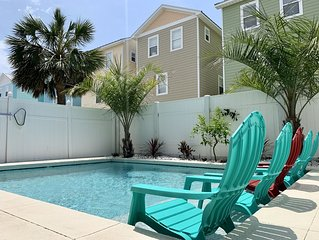 SPACIOUS THREE STORY/OCEAN VIEW/PRIVATE HEATED POOL/STEPS TO SAND/BOOK FOR FALL!