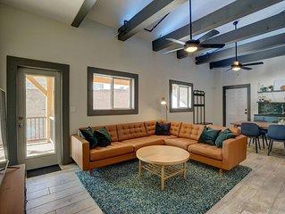 Lofts * Harrison C-Executive Suite-Downtown-Incredible views!