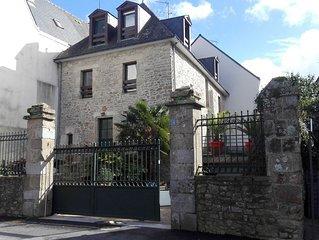 Port de St Goustan / Maison de Caractère face à la Rivière