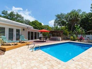 Family friendly, heated pool paradise retreat near Gulf beaches