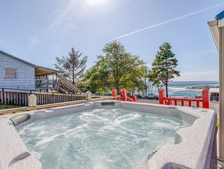 Amazing Ocean View Property W/Hot Tub In Depoe Bay