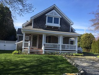 Adorable, Warm & Hospitable Cottage, easy walk to Kelly beach & oh so charming!
