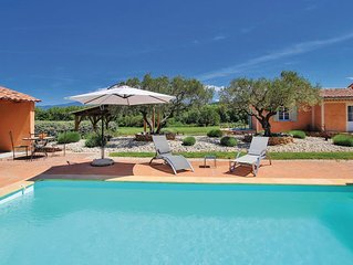 Gite au calme en campagne avec piscine privee