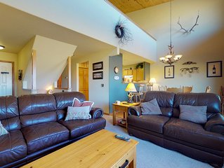 Convenient, spacious family getaway-near skiing, fishing