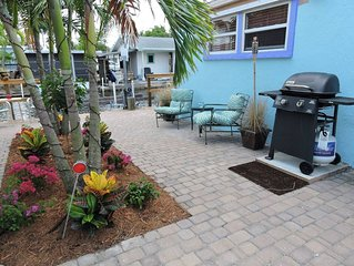 The Crab Shack - Fully-equipped and Updated 3-bedroom Waterfront Vacation Rental
