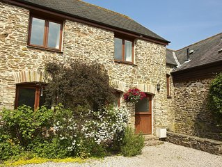 Courtyard cottage in Slapton, South Devon. 10 minutes drive to beach