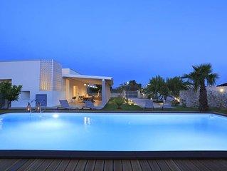 Villa extra lusso con piscina, zona Baia Verde, a 500 mt dal mare